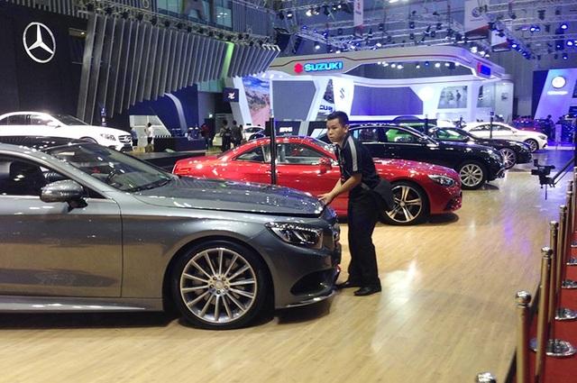 Khai mạc triển lãm Vietnam International Motor Show 2016 - 2
