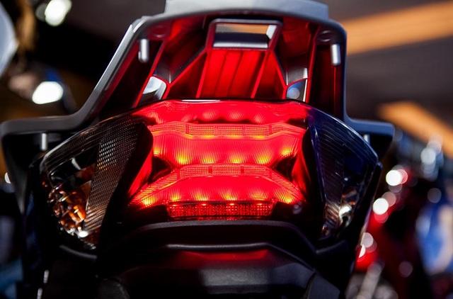 Honda SH được trang bị thêm phanh ABS - 8