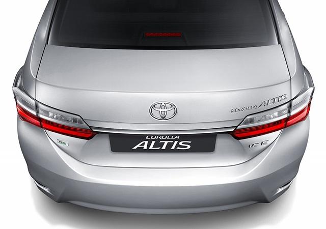 Toyota ra mắt phiên bản nâng cấp mới cho Altis - 3