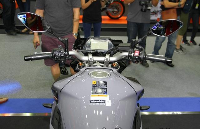 """Yamaha ra mắt liền hai mẫu xe mới trong """"gia đình MT"""" - 14"""