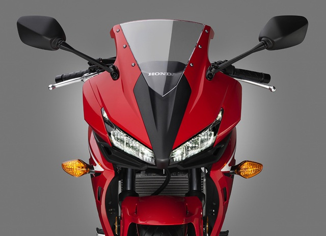 """Honda nâng cấp """"em út"""" dòng BigBike - 5"""