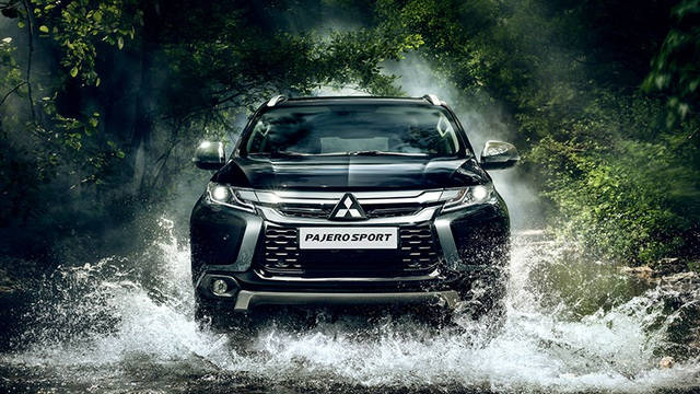 Mitsubishi Pajero Sport thiết kế mới hiện chỉ có trang bị động cơ xăng