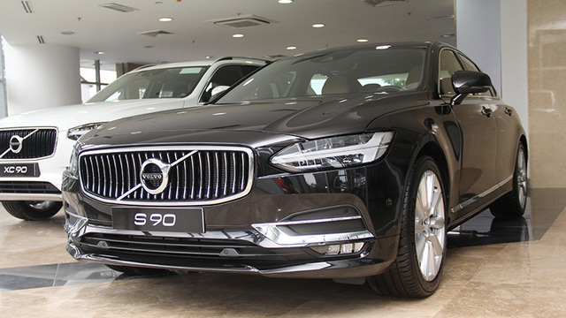 Volvo S90 nhập khẩu nguyên chiếc từ Thụy Điển