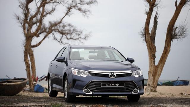 Toyota giảm giá Camry, Mitsubishi đưa Pajero Sport mới về Việt Nam - 1