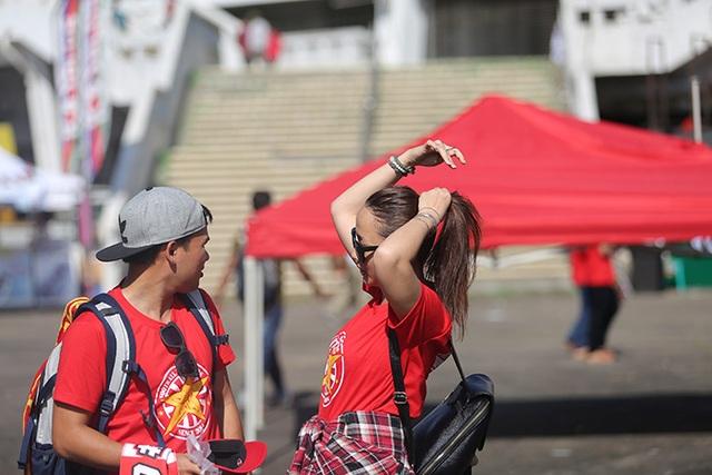 Việt Nam 1-0 Malaysia: Trọng Hoàng tỏa sáng - 13