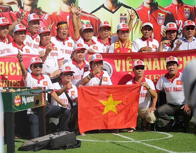 Việt Nam 1-0 Malaysia: Trọng Hoàng tỏa sáng - 14