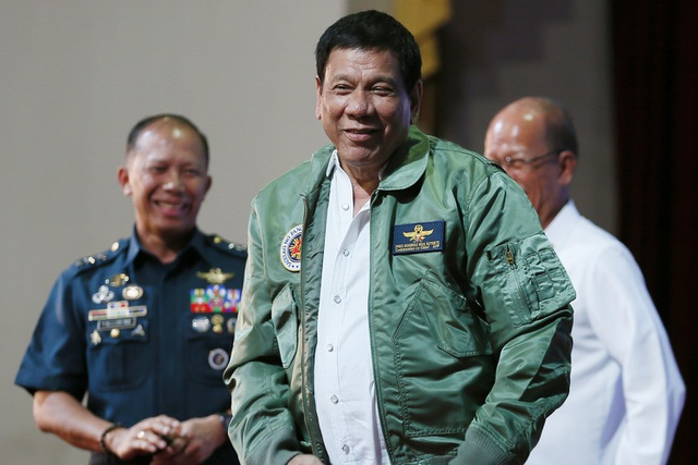 Tổng thống Philippines Duterte (Ảnh: conservativeangle)