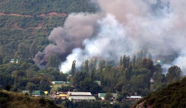 Các phiến quân tấn công tấn công một căn cứ ở Uri, gần đường biên giới với Pakistan (Ảnh: EPA)