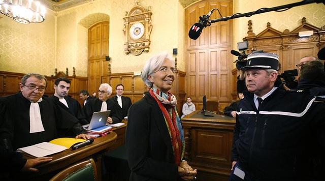 Bà Christine Lagarde tại phiên tòa án Pháp hôm 12/12 (Ảnh: Reuters)