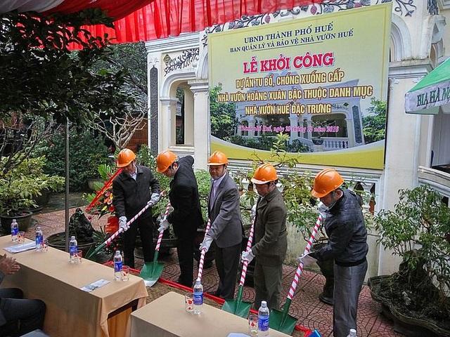 khởi công Công trình tu bổ, chống xuống cấp nhà vườn Phú Mộng Viên (ảnh: Quang Phong)