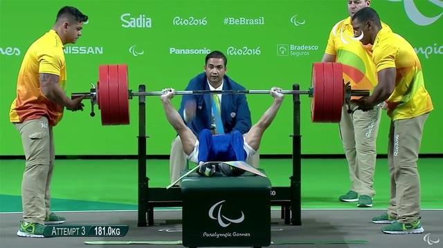 Khoảnh khắc xúc động khi giành HCV Paralympic của Lê Văn Công - 7