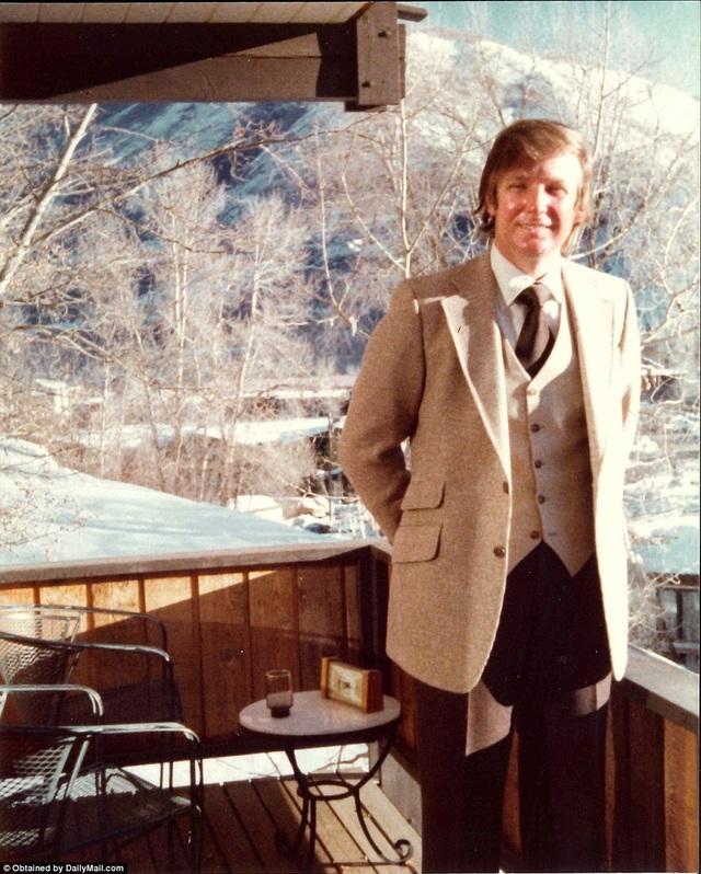 Ông Trump trong một bức ảnh thời trẻ.
