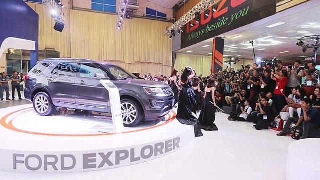 Khai mạc Vietnam Motor Show 2016: Cuộc chơi của xe bình dân - 2