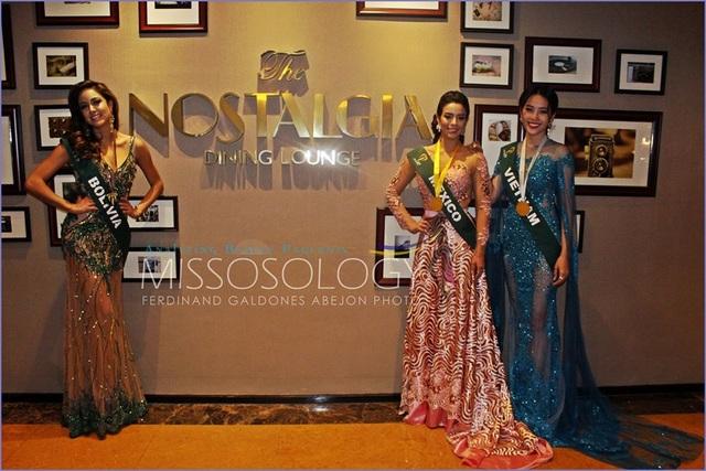 Ba người đẹp xuất sắc nhất của phần thi trình diễn trang phục dạ hội.