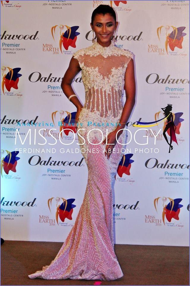Mỹ nhân Hoa hậu trái đất kiêu sa khi trình diễn váy dạ hội - 36