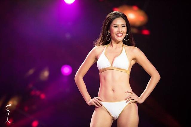 Nguyễn Thị Loan tự tin trình diễn áo tắm trong đêm sơ khảo - 1