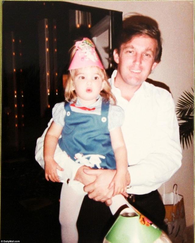 Ông Trump và con gái Ivanka.