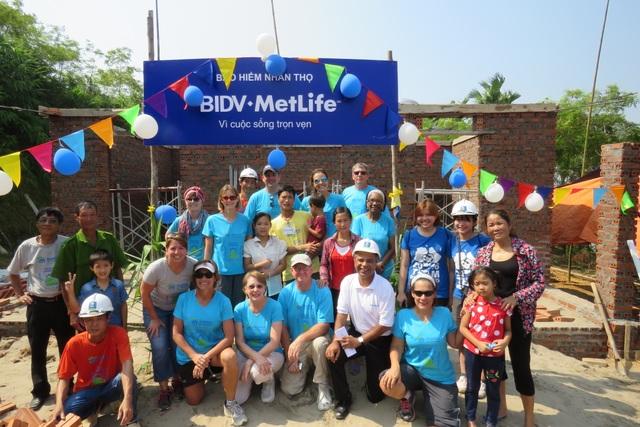 BIDV Metlife chung tay xây thêm mái ấm cho hộ nghèo tỉnh Phú Thọ - 2