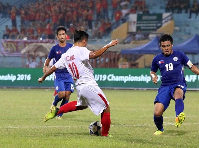 U19 Việt Nam kiểm soát thế trận vượt trội trong hiệp hai