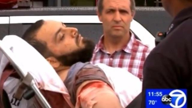 Nghi phạm Rahami bị bắt sau một cuộc đấu súng với cảnh sát (Ảnh: ITV)