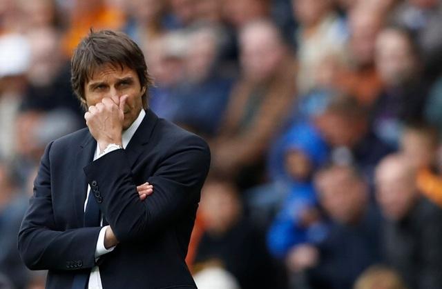 Giây phút bất lực của Conte