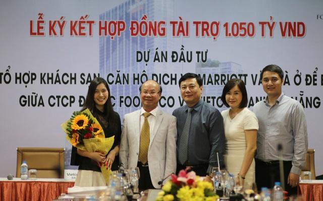 Đại diện Vietcombank Đà Nẵng và CTCP Địa ốc Foodinco ký Hợp đồng Tín dụng