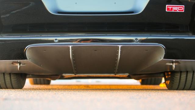 Land Cruiser có thể mạnh hơn cả Bentley Bentayga - 3
