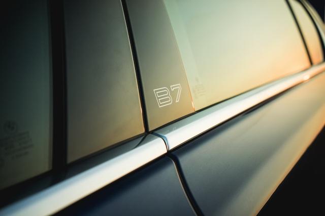 Cận cảnh tuyệt phẩm BMW Alpina B7 - 16