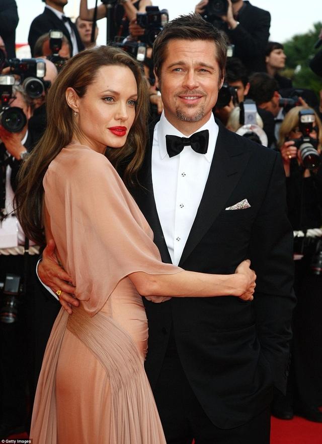 Angelia Jolie và Brad Pitt khi còn hạnh phúc