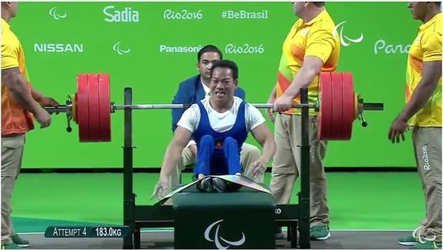 Khoảnh khắc xúc động khi giành HCV Paralympic của Lê Văn Công - 6