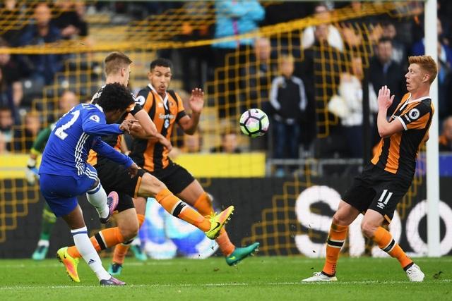 Willian với một pha xử lý đậm chất kỹ thuật ở phút 61 đã mang về bàn thắng mở tỉ số cho đội khách