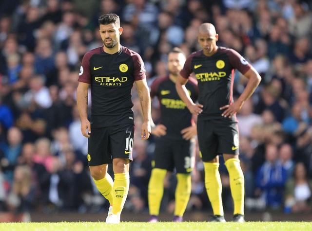 Sự thất vọng của Aguero và các cầu thủ Man City