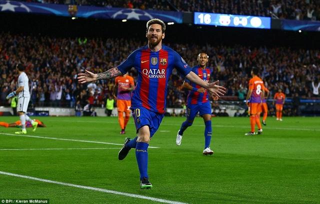 Messi tỏa sáng với cú hattrick vào lưới Man City