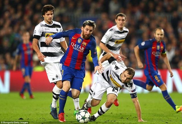 Messi đã ghi 10 bàn ở vòng bảng Champions League năm nay