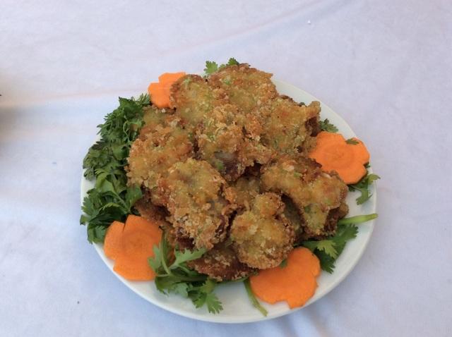 Nấm chiên xù là một món chiên khá lạ và có hương vị dễ ăn đặc biệt là với trẻ em