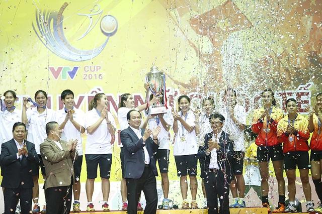 CLB Chonburi vô địch giải bóng chuyền VTV Cup 2016 - 1