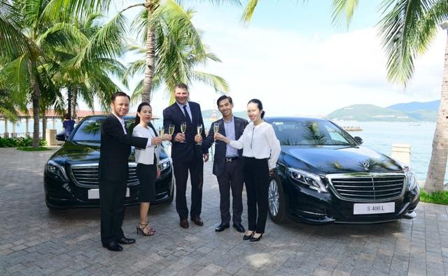 Đại diện Mercedes-Benz Việt Nam và VinPearl Nha Trang Bay Resort & Villas