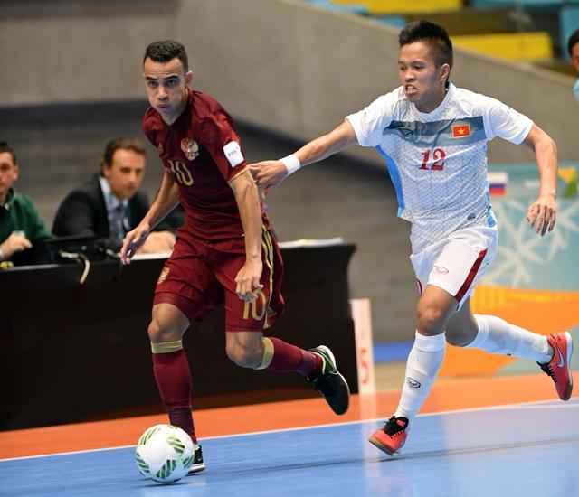 Đoàn quân HLV Bruno Garcia thua đếm 4 bàn trong hiệp 1