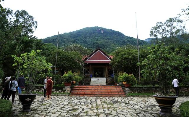 Sở chỉ huy tìm kiếm cứu nạn lập ngay tại Thiền viện Viên Không.
