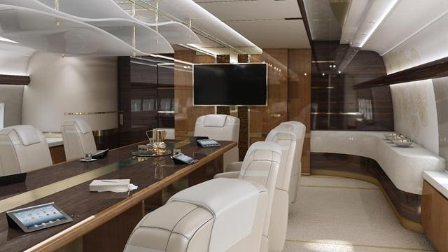 Phòng họp đầy đủ tiện nghi phục vụ những hành khách bận rộn với công việc(Ảnh: NY Daily)