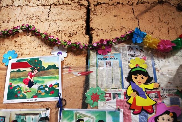 Xót xa lớp học đắp bằng đất của học trò nghèo vùng cao Hà Giang - 14