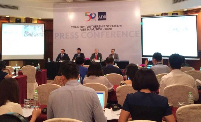 ADB cam kết duy trì mức hỗ trợ 1 tỷ USD/năm cho Việt Nam