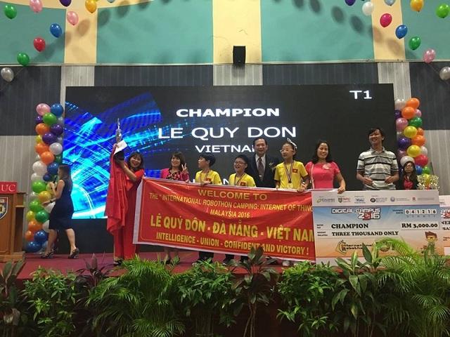 Học sinh Đà Nẵng giành chức vô địch Robothon quốc tế - 1