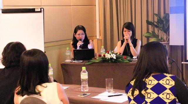 Bà Lê Thị Kim, Giám đốc nhân sự toàn quốc ManpowerGroup tại Việt Nam (bên trái, hàng sau).