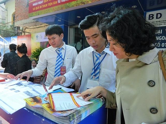 Các tour nước ngoài giá rẻ thu hút nhiều khách hàng.
