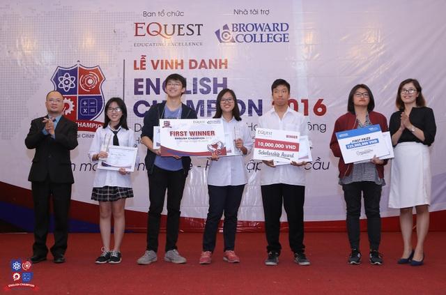 Năm nhà quán quân đầu tiên của cuộc thi English Champion dành cho học sinh THPT.