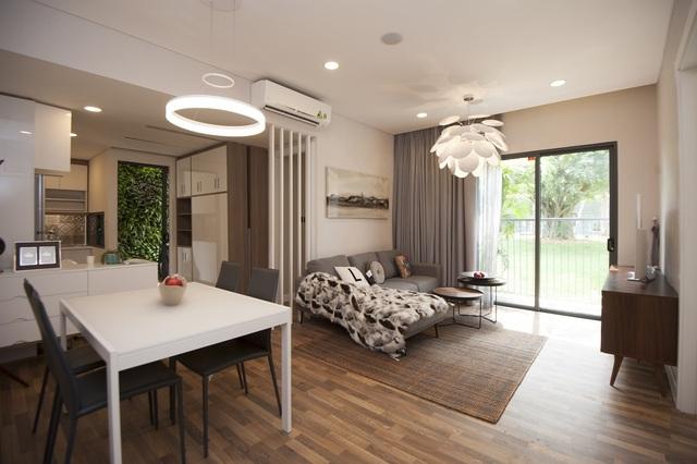 Bên trông một căn hộ trong Tổ hợp Aqua Bay Sky Residences