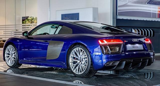 Siêu xe Audi R8 sẽ dùng chung động cơ với Porsche Panamera - 1
