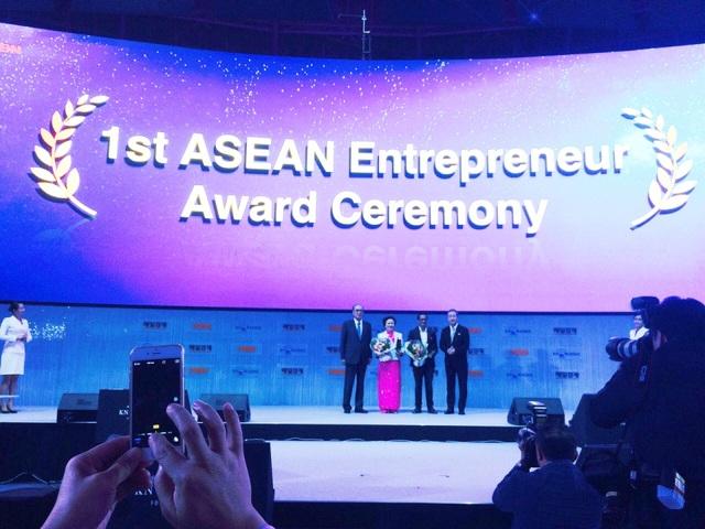 Vinh danh doanh nhân tiêu biểu ASEAN 2016 - 1