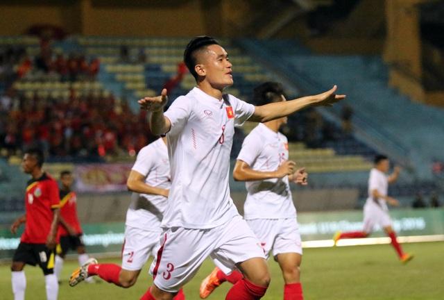 Tấn Sinh mở tỷ số cho U19 Việt Nam từ khá sớm